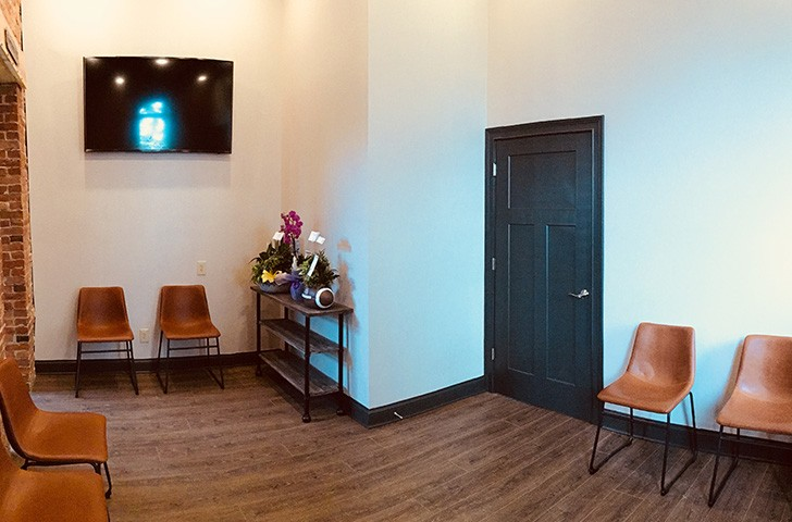 Comfortable dental waiting room